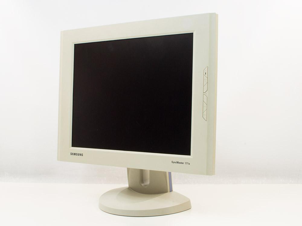 "Samsung SyncMaster 171S - 17"" | 1280 x 1024 | VGA (d-sub) | Silver"