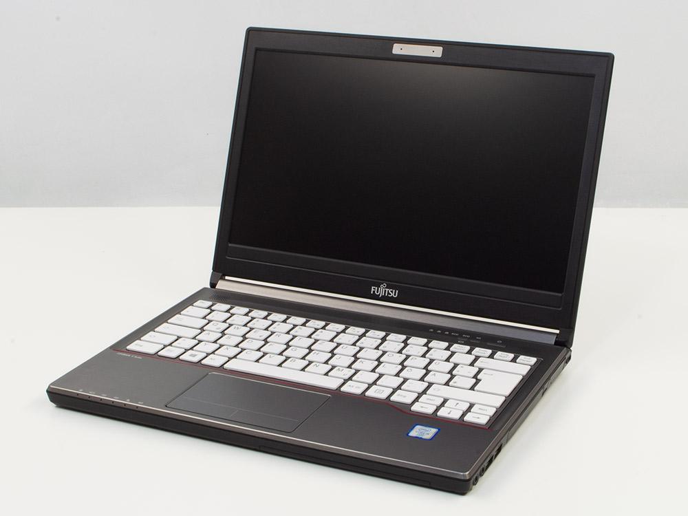 """Fujitsu LifeBook E736 - i5-6300U   4GB DDR4   500GB HDD 2,5""""   DVD-RW   13,3""""   1366 x 768   HD 520   Win 10 Pro   Silver"""
