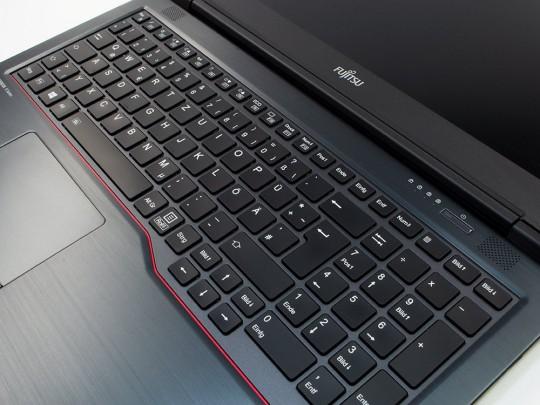 "Fujitsu LifeBook U758 repasovaný notebook, Intel Core i5-8350U, HD 620, 8GB DDR4 RAM, 256GB SSD, 15,6"" (39,6 cm), 1920 x 1080 (Full HD) - 1524358 #2"