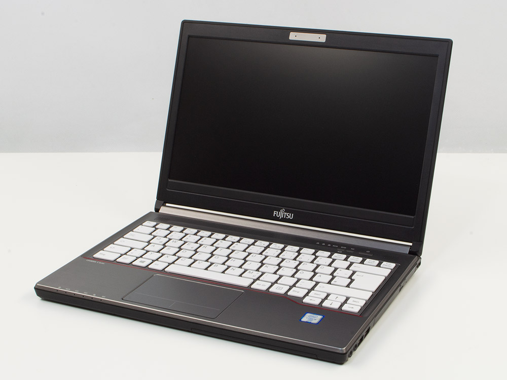 "Fujitsu LifeBook E736 - i5-6300U | 8GB DDR4 | 120GB SSD | DVD-RW | 13,3"" | 1366 x 768 | HD 520 | Win 10 Pro | Silver"