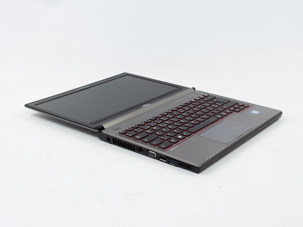 "Fujitsu LifeBook E736 - i5-6300U   4GB DDR4   500GB HDD 2,5""   DVD-RW   13,3""   1366 x 768   HD 520   Win 7 Pro COA   Silver"