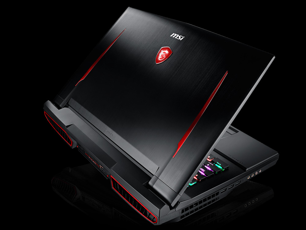 MSI GT75 TITAN 8RG - i9-8950HK | 32GB DDR4 | 1000 GB HDD 2,5"