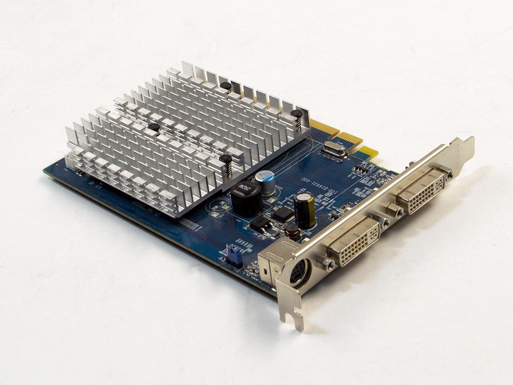 Grafická karta ATI Radeon HD 2400 Pro - DVI   S-Video   256 MB   DDR2   PCI Express x16   64-bit